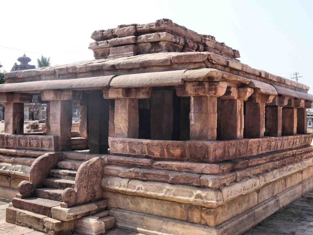 Aihole,temple,Karnataka