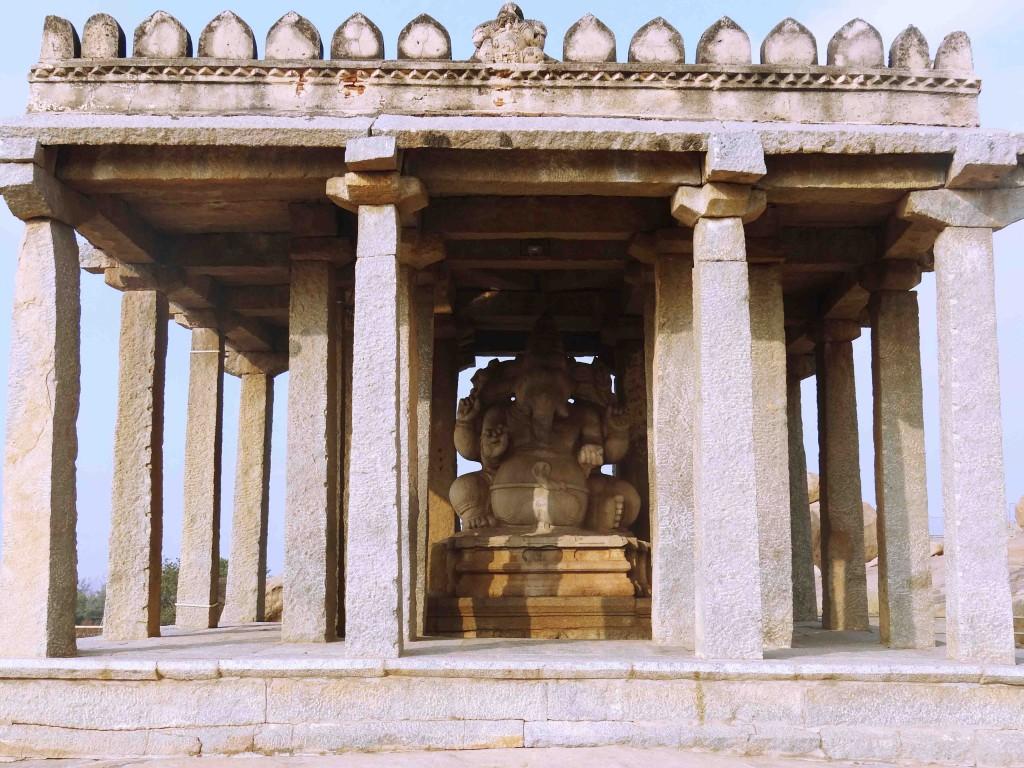hampi,karnataka,history,culture,heritage,Vijayangar kingdom,sculpture,art,ganapati,