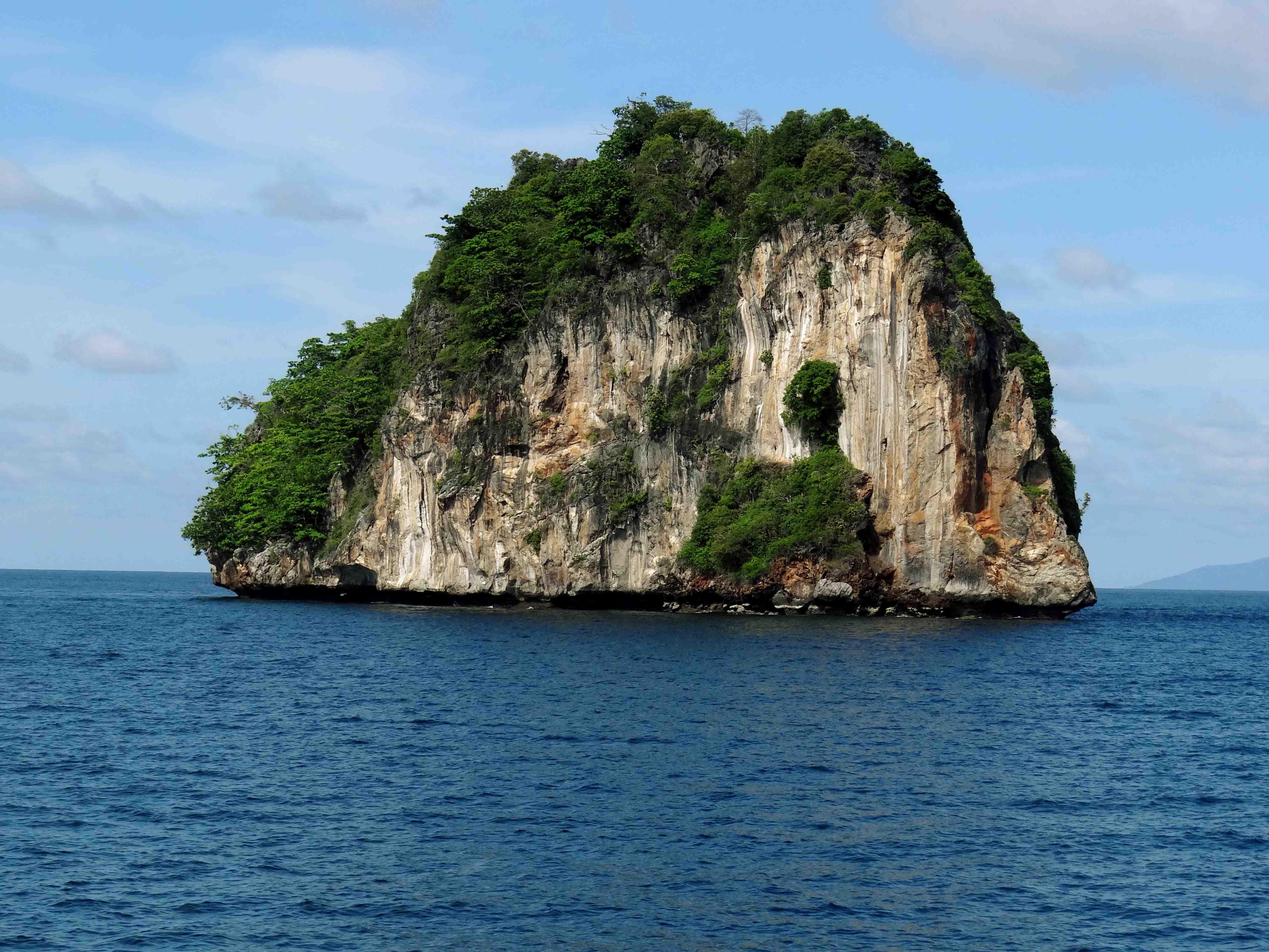 Phi Phi Island,phuket,thailand,scuba diving,water sports,beach
